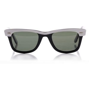 Ray-Ban Wayfarers in black and white